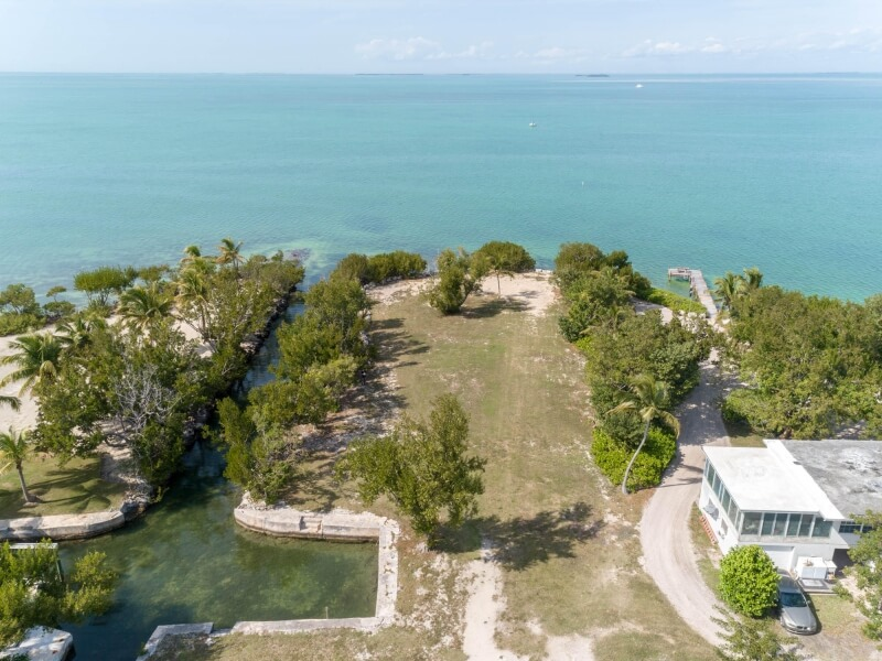 aerial view of beachfront homes in Islamorada